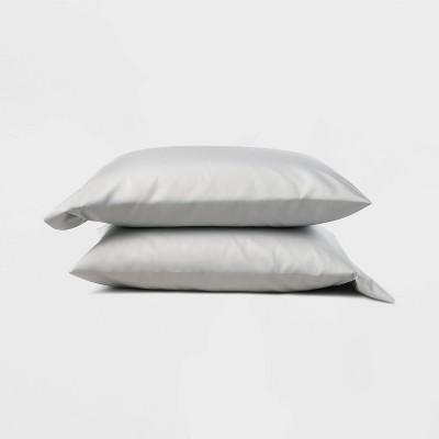 Standard 300 Thread Count Temperature Regulating Solid Pillowcase Set Light Gray - Casaluna™