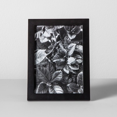 Thin Single Picture Frame Black 5 x7  - Made By Design™