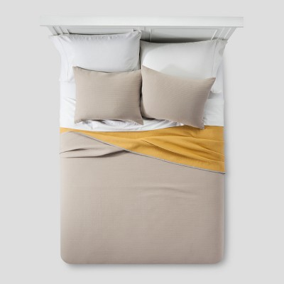 Gray & Yellow Dot Woven Matelasse Coverlet (Full/Queen)- Project 62™