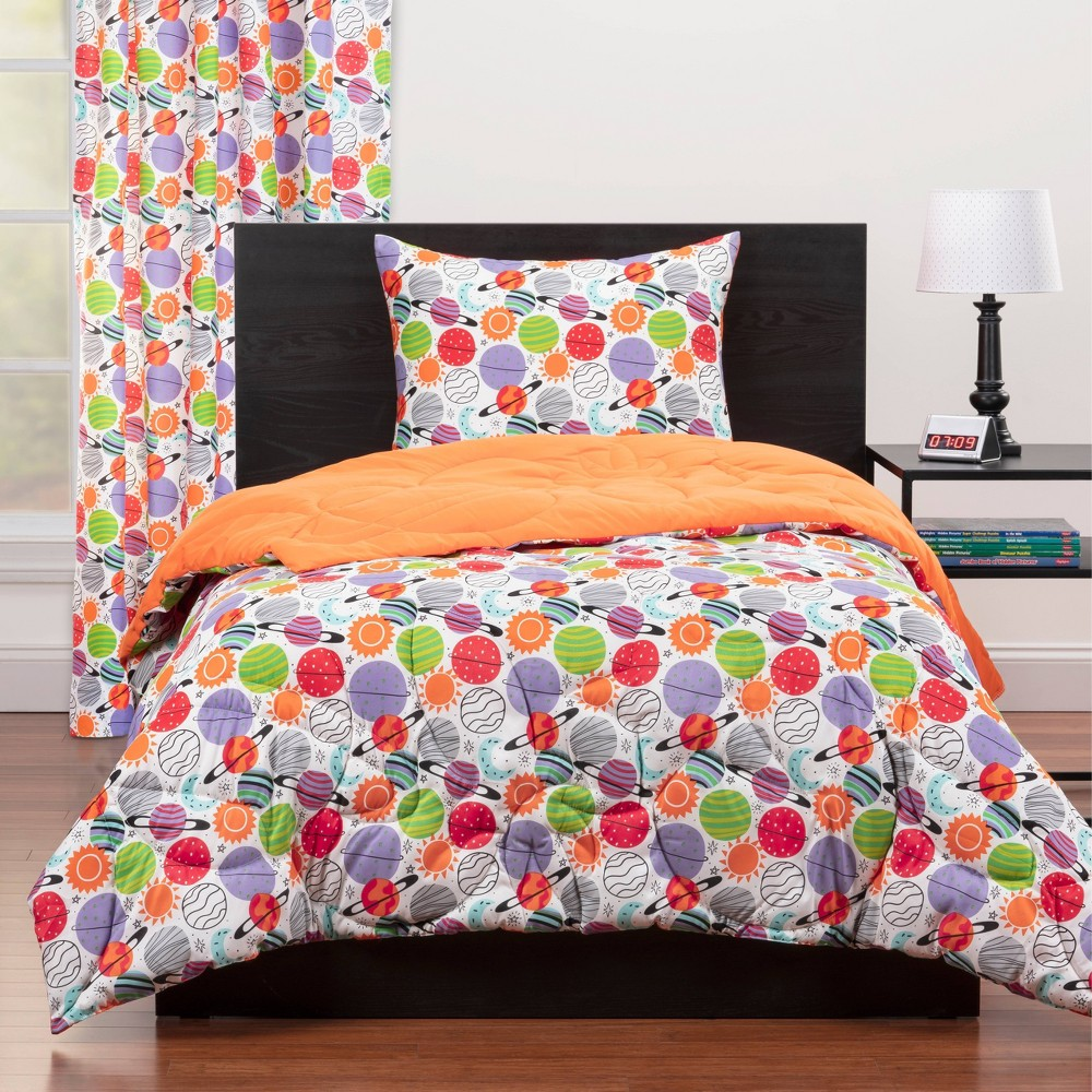 Image of Full/Queen Plenty of Planets Reversible Comforter Set Red - Highlights, White