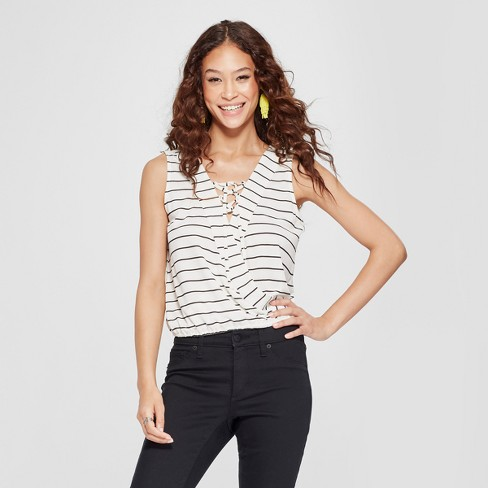 Women s Striped Lace-Up Crop Top - 3Hearts (Juniors ) White Black ... e755999f7