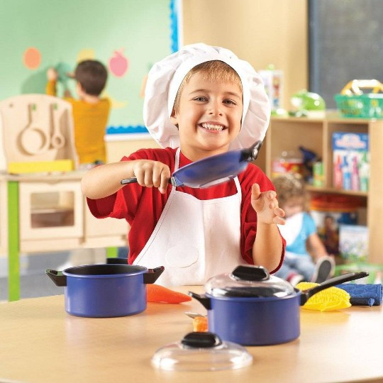 Learning Resources Pretend & Play Pro Chef Set image number null