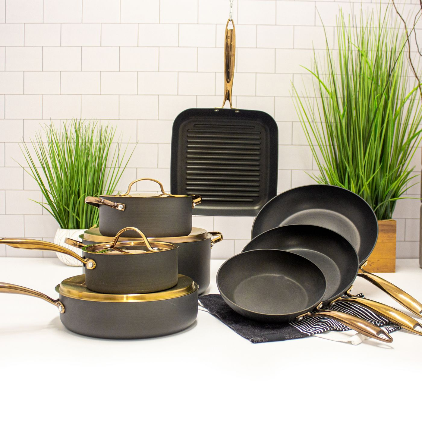 BergHOFF Ouro Deluxe 12-Piece Hard-Anodized Nonstick Cookware Set