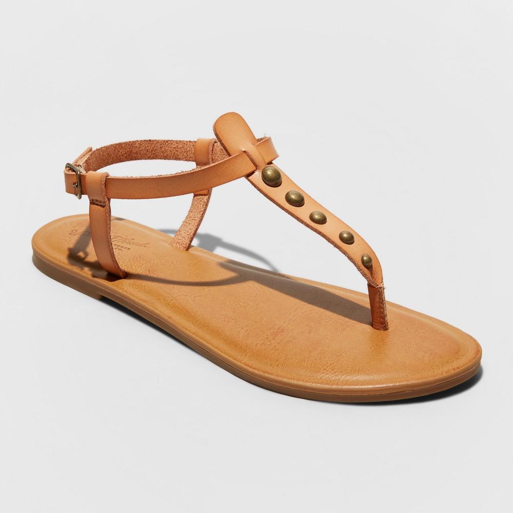 Women's Kylianne Thong Sandals - Universal Thread Tan 9