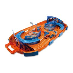 Hot Wheels Slot Track Carrying Case & 9.1ft Track - 1:64 Scale