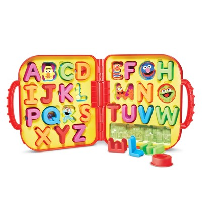 Sesame Street Elmo's On the Go Letters