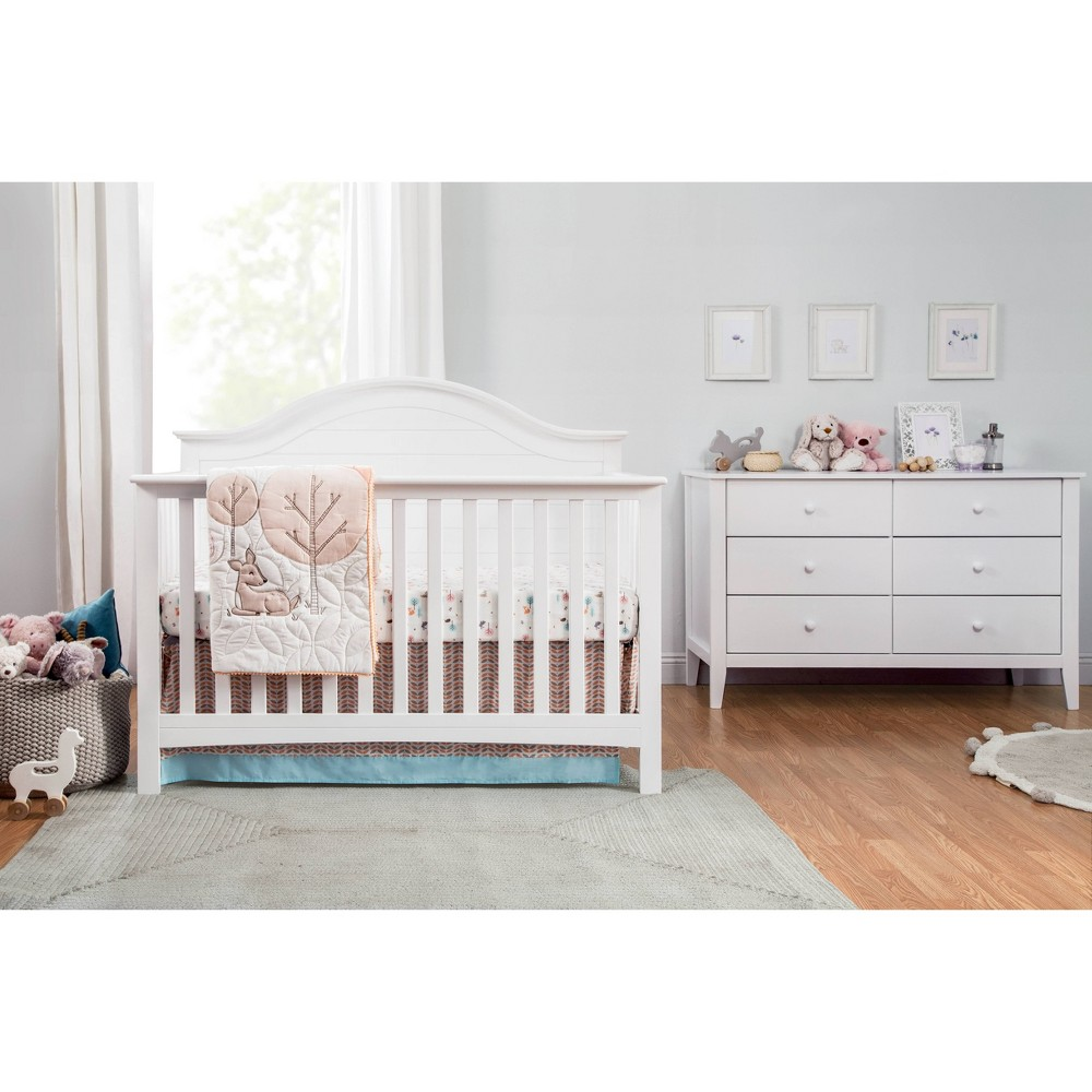 Carter's by DaVinci Furniture Collection Carter's by DaVinci Furniture Collection Gender: unisex.