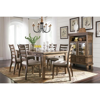 Flynnter Dining Room Collection