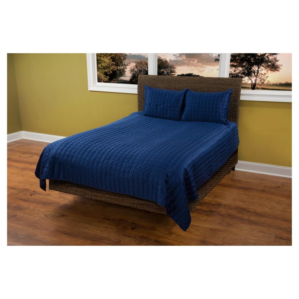 Navy Blue Geometrical Poly Satin Maddux Place Quilt Set (Queen) - Rizzy Home