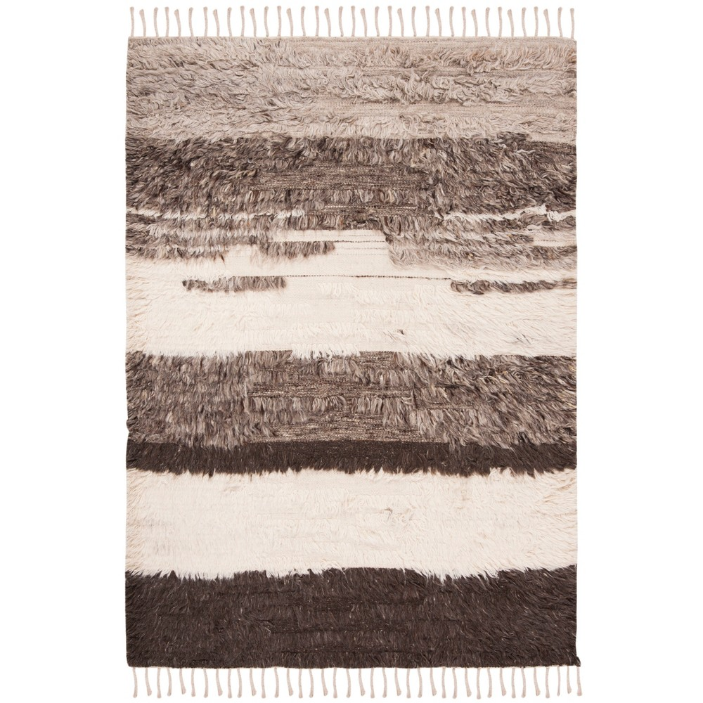 4'X6' Stripe Knotted Area Rug Ivory/Gray - Safavieh, White