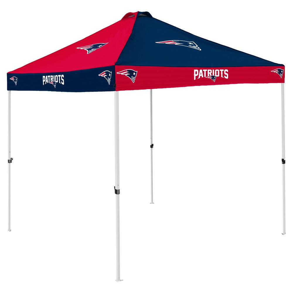 NFL New England Patriots 9x9' Checkerboard Canopy Tent