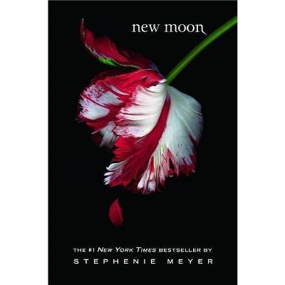New Moon Twilight Saga - by Stephenie Meyer