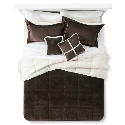 Chocolate Solid Velvet to Sherpa Reversible Comforter Set (Queen)5pc