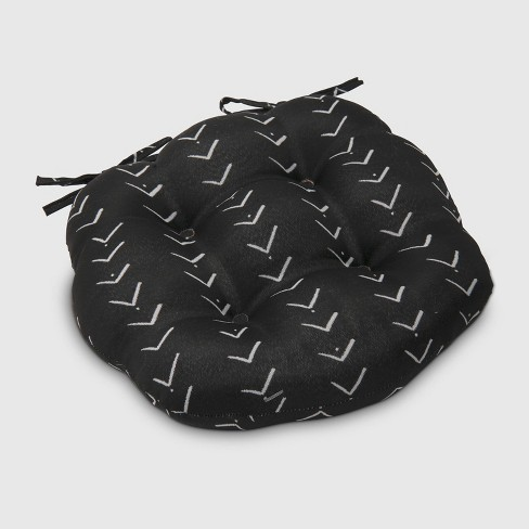Vee Stripe Round Outdoor Tufted Seat Cushion Black Opalhouse Target