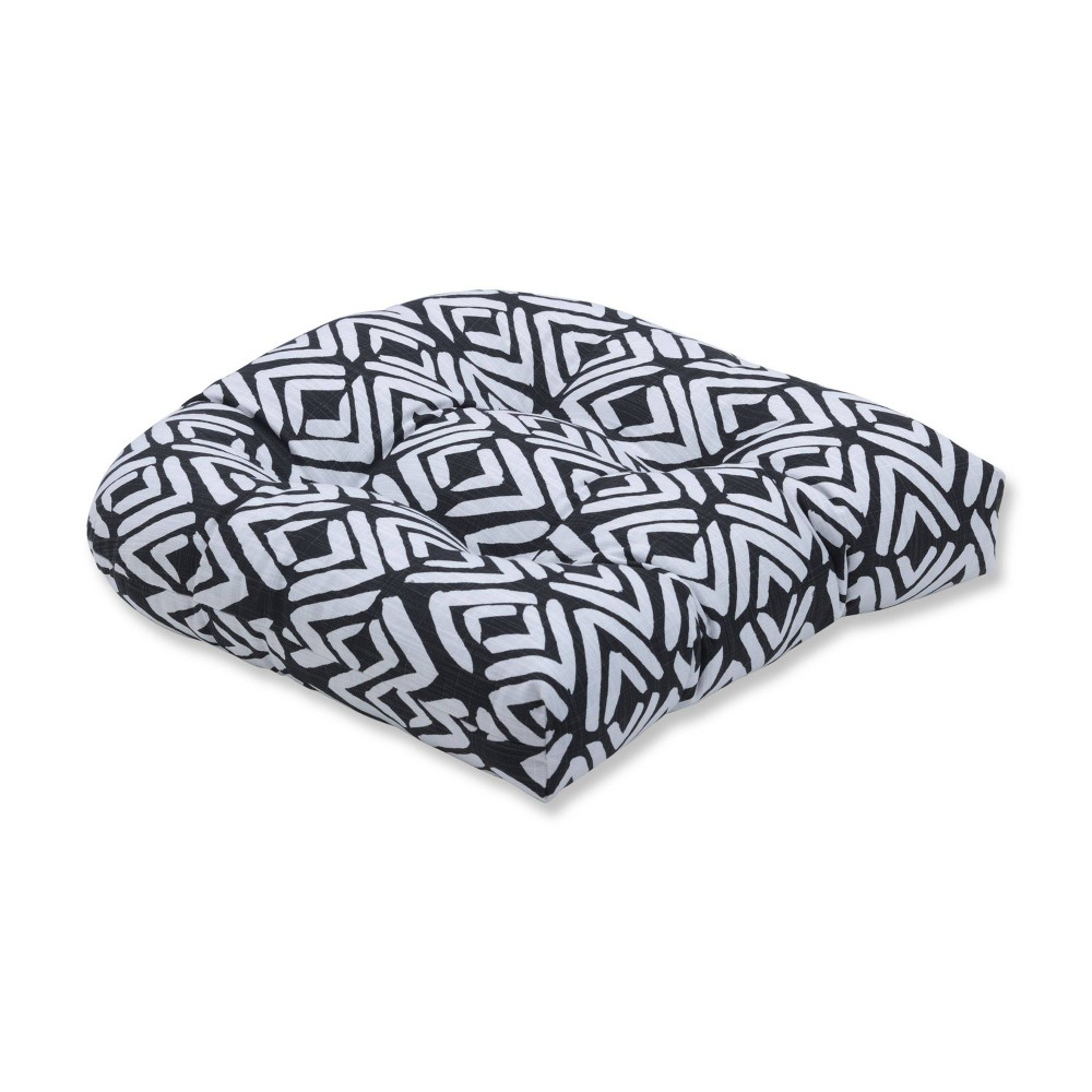 Image of Fearless Ink Wicker Seat Cushion - Pillow Perfect, Black White