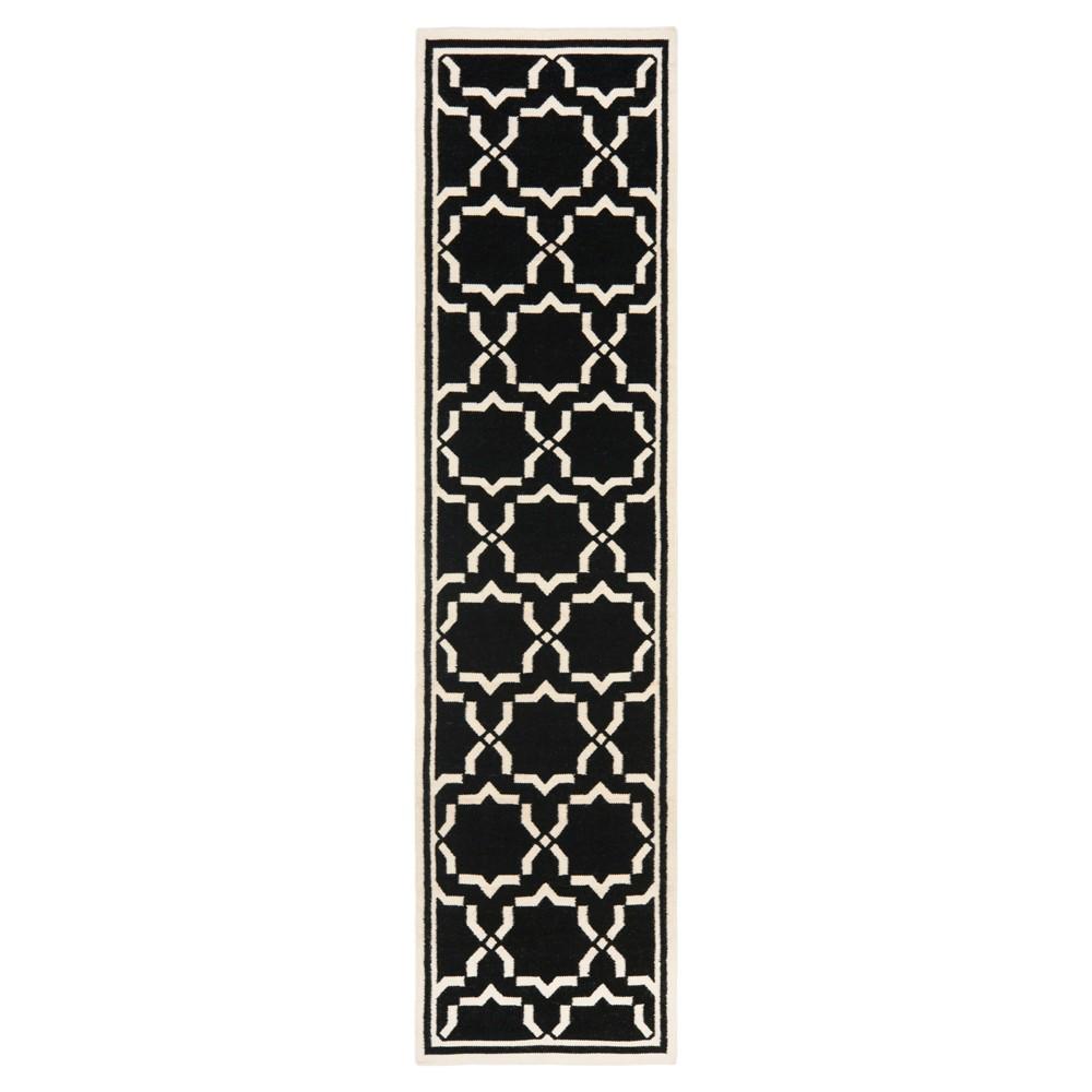 Casablanca Dhurry Rug - Black/Ivory - (2'6x10') - Safavieh