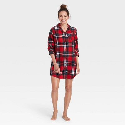 Women's Perfectly Cozy Plaid Flannel Nightgown - Stars Above™ Dark Red