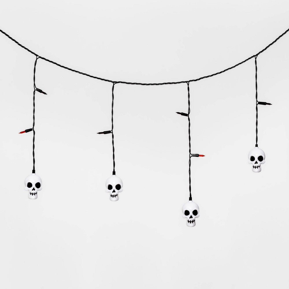 Image of Halloween 25ct LED Incandescent Skull Halloween Icicle Lights - Hyde & EEK! Boutique