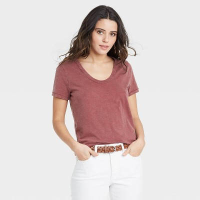 Women's Short Sleeve Scoop Neck T-Shirt - Universal Thread™
