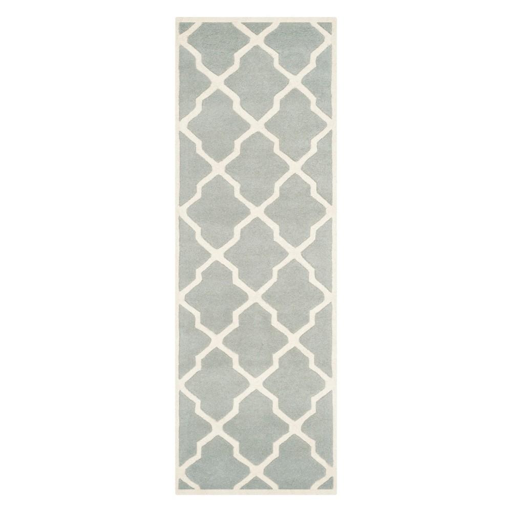 23X11 Quatrefoil Design Tufted Runner Gray/Ivory - Safavieh Cheap
