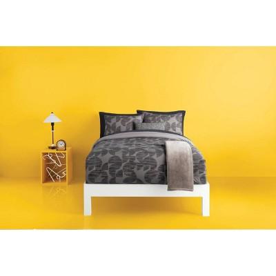 Geo Reversible Decorative Comforter Set with Throw - Room Essentials™