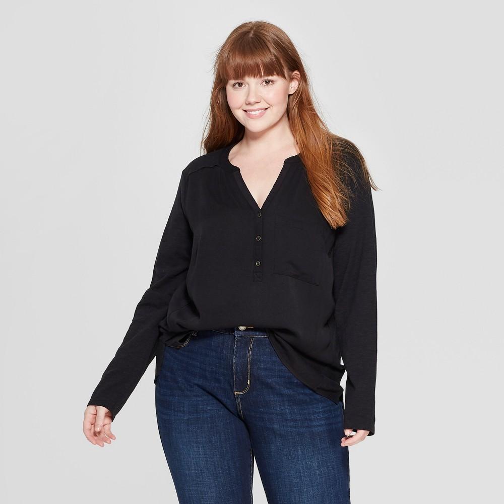 Women's Plus Size Long Sleeve V-Neck Camp Shirt - Universal Thread Black 3X