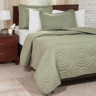 3pc Full/Queen Solid Embossed Quilt Set Green - Yorkshire Home
