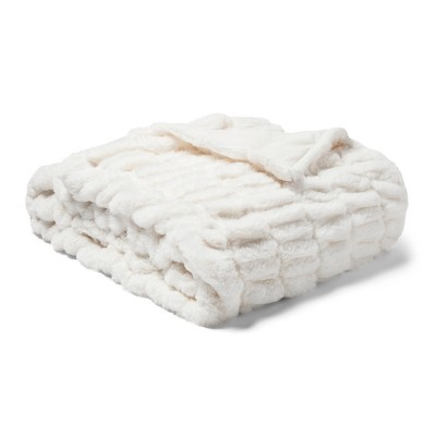 "60"" x 86"" Oversized Faux Fur Throw Blanket Sour Cream - Fieldcrest®"