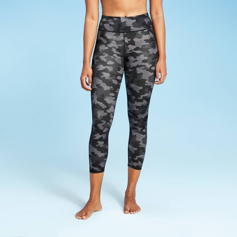 Women 39 S 7 8 Swim Leggings All In Motion 8482 Black Camo Print Xl