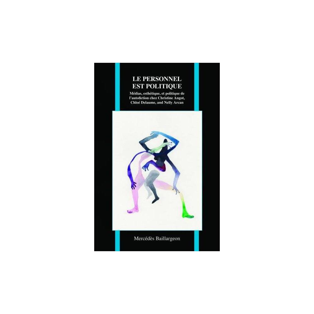 Le Personnel Est Politique : Médias, esthétique, et politique de l'autofiction chez Christine Angot, Regardant les questions de témoignage, de confession, detraumatisme, de sexualité et de violence dans les œuvres (semi-)autobiographiques,ce livre explore la co-construction d'identités personnelles et collectives pardes femmes écrivains à l'ère des médias et de l'autoreprésentation. À uneépoque où la littérature française est souvent accusée d'être égocentrique ettrop narcissique, Mercédès Baillargeon avance que l'autofiction des femmes aété reçue avec controverse depuis le tournant du millénaire parce qu'elleperturbe les idées reçues à propos des identités nationale, de genre et de race,et parce qu'elle questionne la distinction entre fiction et autobiographie. Eneffet, ces écrivaines se distinguent du reste de la production françaiseactuelle, car elles cultivent une relation particulièrement tumultueuse avecleur public, à cause de la nature très personnelle, mais également politique deleurs textes semi-autobiographiques et à cause de leurs « performances »comme personnalité publique dans les médias. On y examine donc simultanément lafaçon dont les médias stigmatisent ces écrivaines ainsi que la manière dont cesdernières manipulent la culture médiatique comme une extension de leur œuvrelittéraire. Ce livre analyse ainsi simultanément les implications textuelles etsociopolitiques qui sous-tendent la (dé)construction du sujet autofictionnel,et en particulier la façon dont ces écrivains se redéfinissent constamment àtravers la performance rendue possible par les médias et la technologie. Deplus, ce travail soulève des questions importantes par rapport à la relationcomplexe qu'entretiennent les médias avec les femmes écrivains, en particuliercelles qui discutent ouvertement de traumatisme, de sexualité et de violence,et qui remettent également en question la distinction entre réalité et fiction.Cet ouvrage contribue à une meilleure compréhension des rapports de pouvoir
