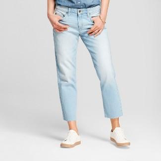 Womens Mid-Rise Raw Hem Boyfriend Crop Jeans - Universal Thread™ Light Wash 4