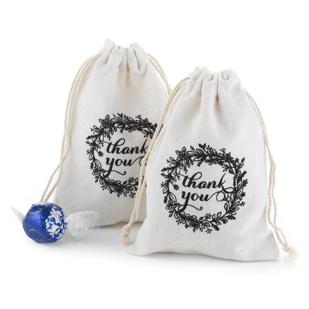 25ct Rustic Wreath Cotton Favor Bags, White