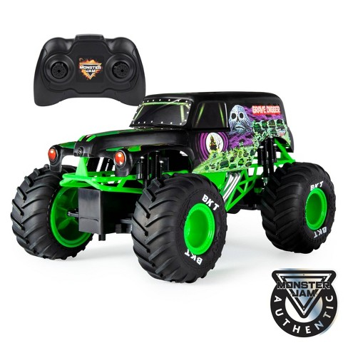 Monster Jam Official Grave Digger Remote Control Truck 1:15  Scale,  2.4GHz - image 1 of 4
