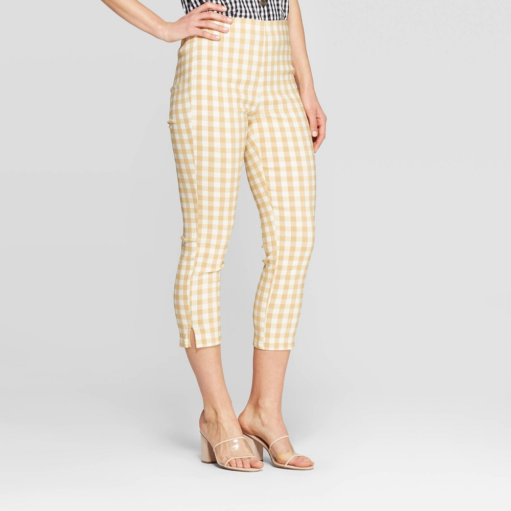 Women's Gingham Mid-Rise Cropped Capri Pants - Who What Wear Taupe/White (Brown/White) 6