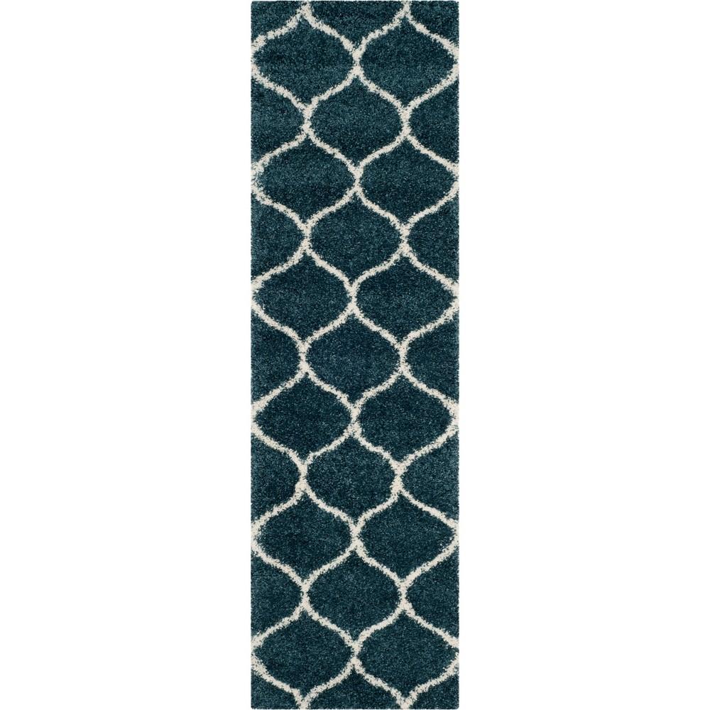 2'3X6' Quatrefoil Design Loomed Runner Slate Blue/Ivory - Safavieh
