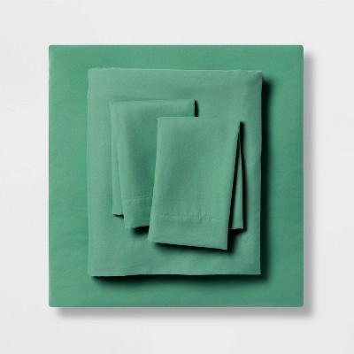 Queen Garment Washed Microfiber Solid Sheet Set Green - Room Essentials™