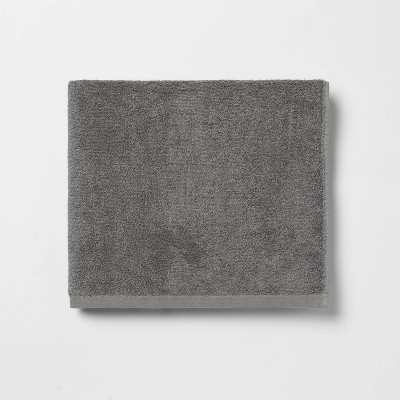 Everyday Solid Bath Towel Charcoal Gray - Room Essentials™