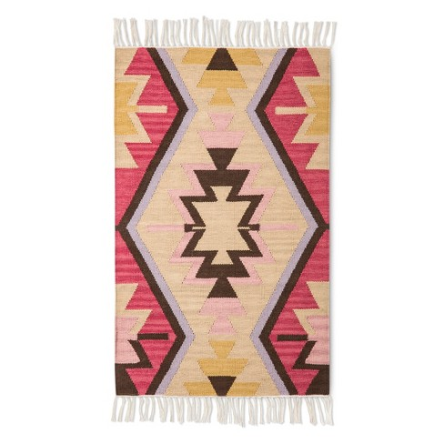 "Beige/Pink Classic Woven Accent Rug (2'6""x4') - Threshold™ - image 1 of 3"