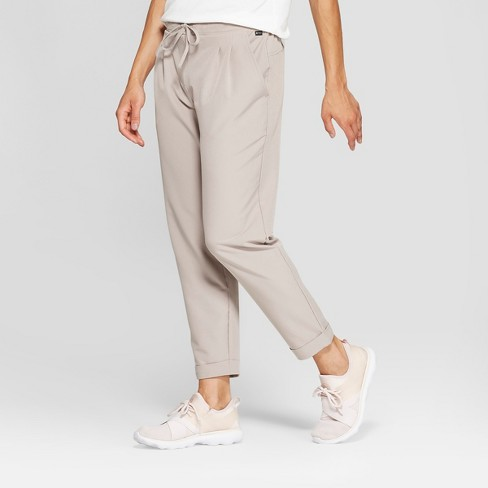MPG Sport Women's Woven Cropped Pants - image 1 of 3