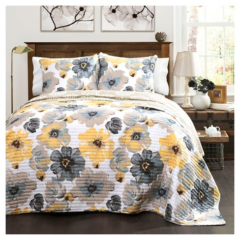 Leah Quilt Yellow/ Gray 3 Piece Set - Lush Decor - image 1 of 2