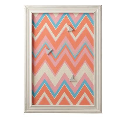 "Ganz 24"" Petit Bazaar Decorative Multicolored Zig-Zag Magnet Board with 3 Arrow Magnets"
