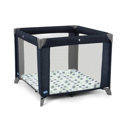 Chicco Tot Quad Portable Lightweight Machine Washable Square Playpen