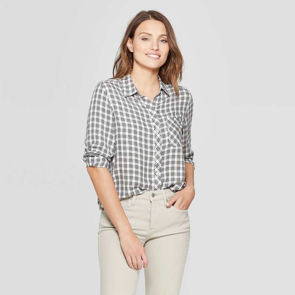 Women's Long Sleeve Plaid Shirt - Universal Thread Gray L