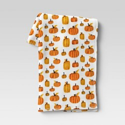 "50""x60"" Pumpkin Plush Throw Blanket White - Hyde & EEK! Boutique™"
