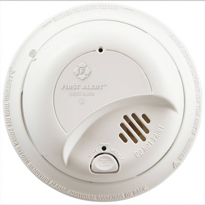 First Alert 9120LBL Hardwired Smoke Detector with 10-Year Battery Backup