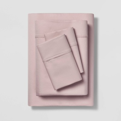 Queen 400 Thread Count Solid Performance Sheet Set Pink - Threshold™
