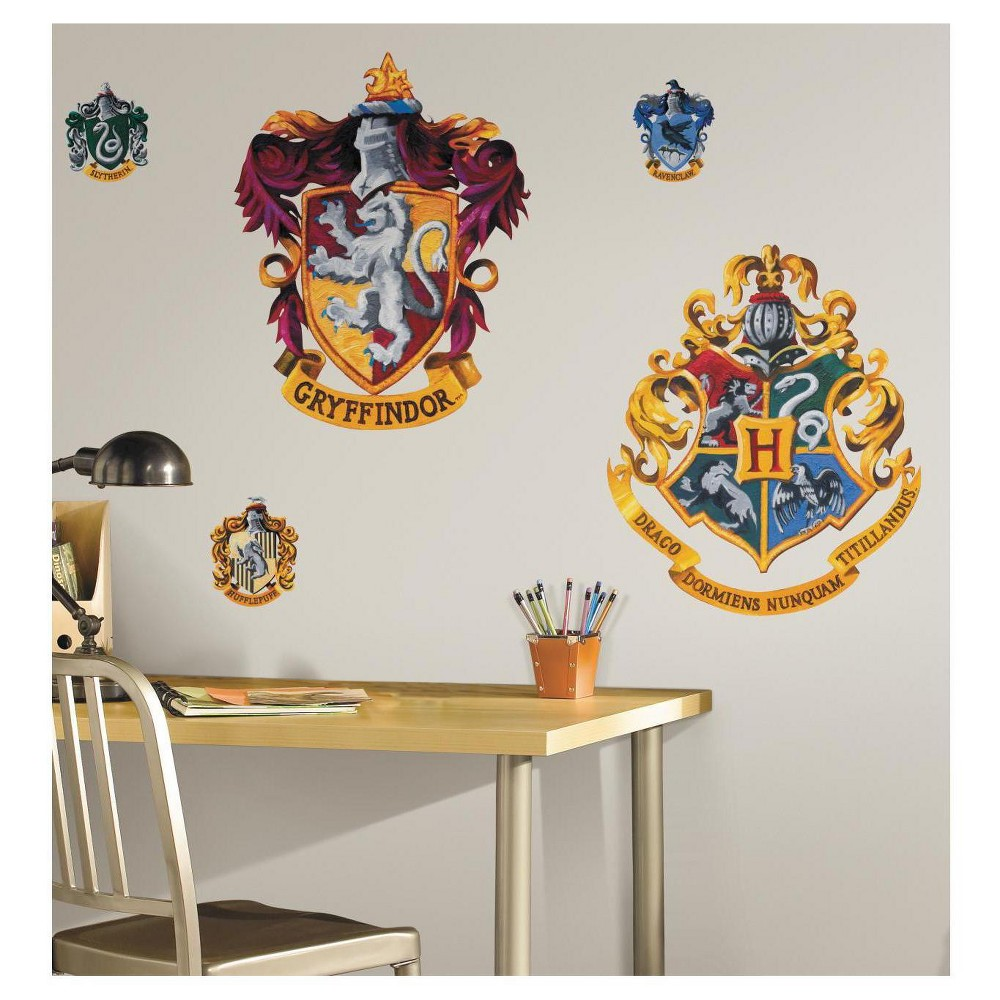 RoomMates Harry Potter - Crest Peel & Stick Giant Wall Decal, Multi-Colored