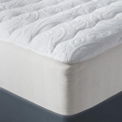 Luxury Plush Mattress Pad (Queen)White - Fieldcrest™
