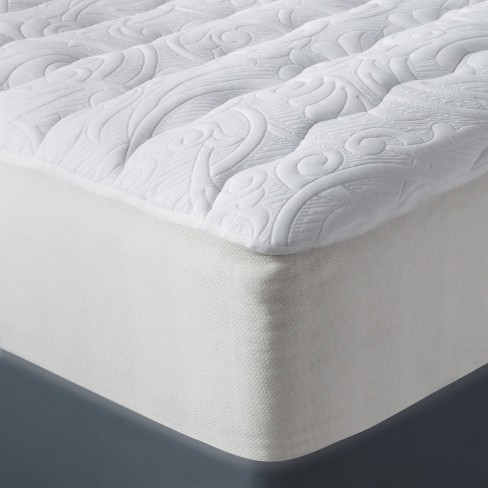 Luxury Plush Mattress Pad - Fieldcrest™ - image 1 of 1