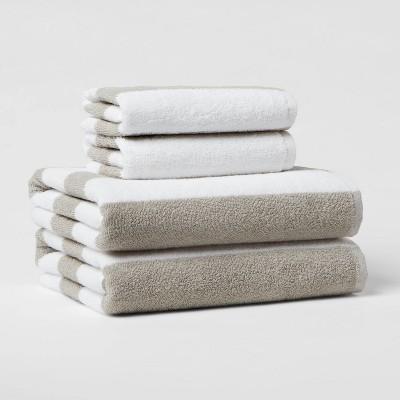 4pk Bath Towel Set Gray/White - Room Essentials™